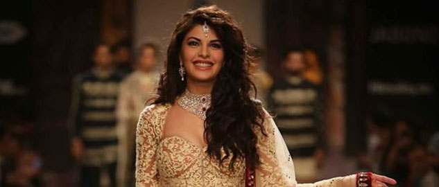 actress jacqueline fernandez turns showstopper