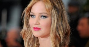 Hollywood star Jennifer Lawrence spends New Year's Eve drunk and disappointed.