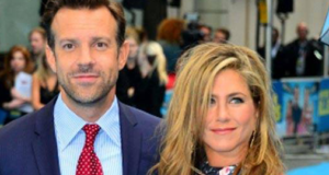 Jennifer Aniston feels 'comfortable' working with Jason Sudeikis