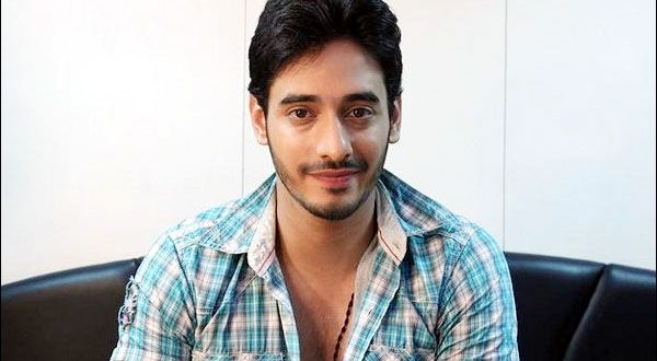 "Siddharth Arora"" roped in the new show on ""Star Bharat"
